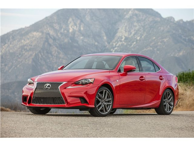 2016_Lexus_IS_5