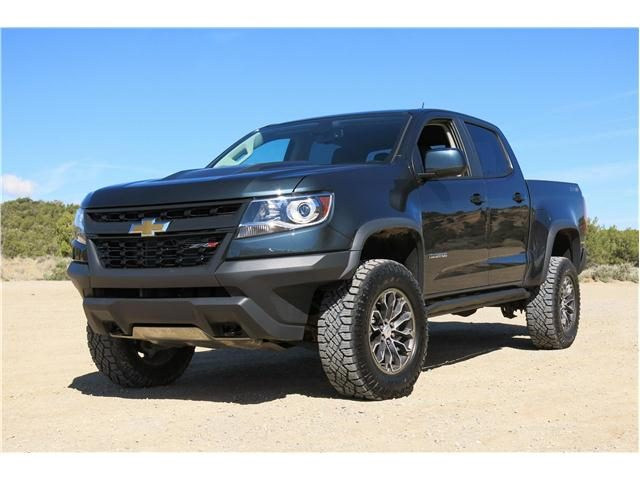 2017_Chevrolet_Colorado_Панорама