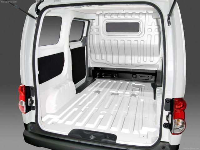 Nissan-NV200_Фургон