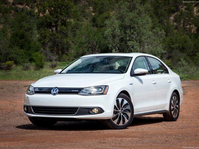 Volkswagen-Jetta_Hybrid