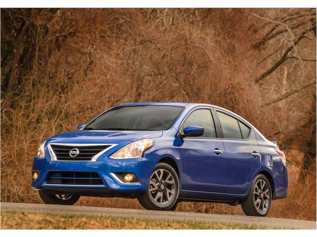 Nissan_Versa