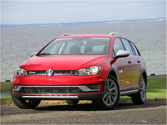 Volkswagen_Golf_Alltrack