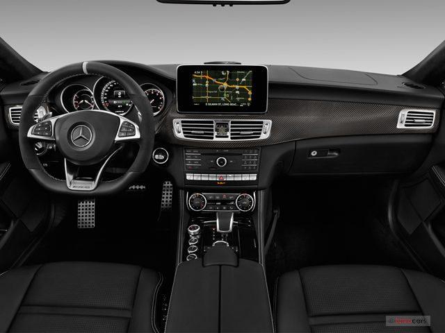 Mercedes-Benz-CLS-Class_Салон