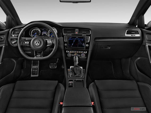 Volkswagen-Golf_R_Салон