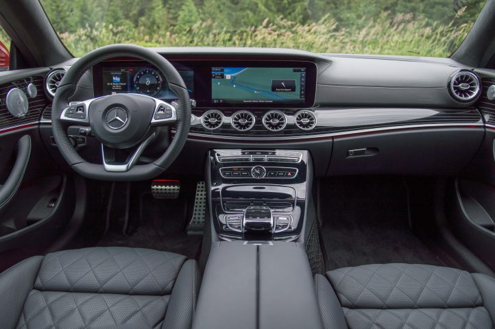 Mercedes-Benz-E400_Салон